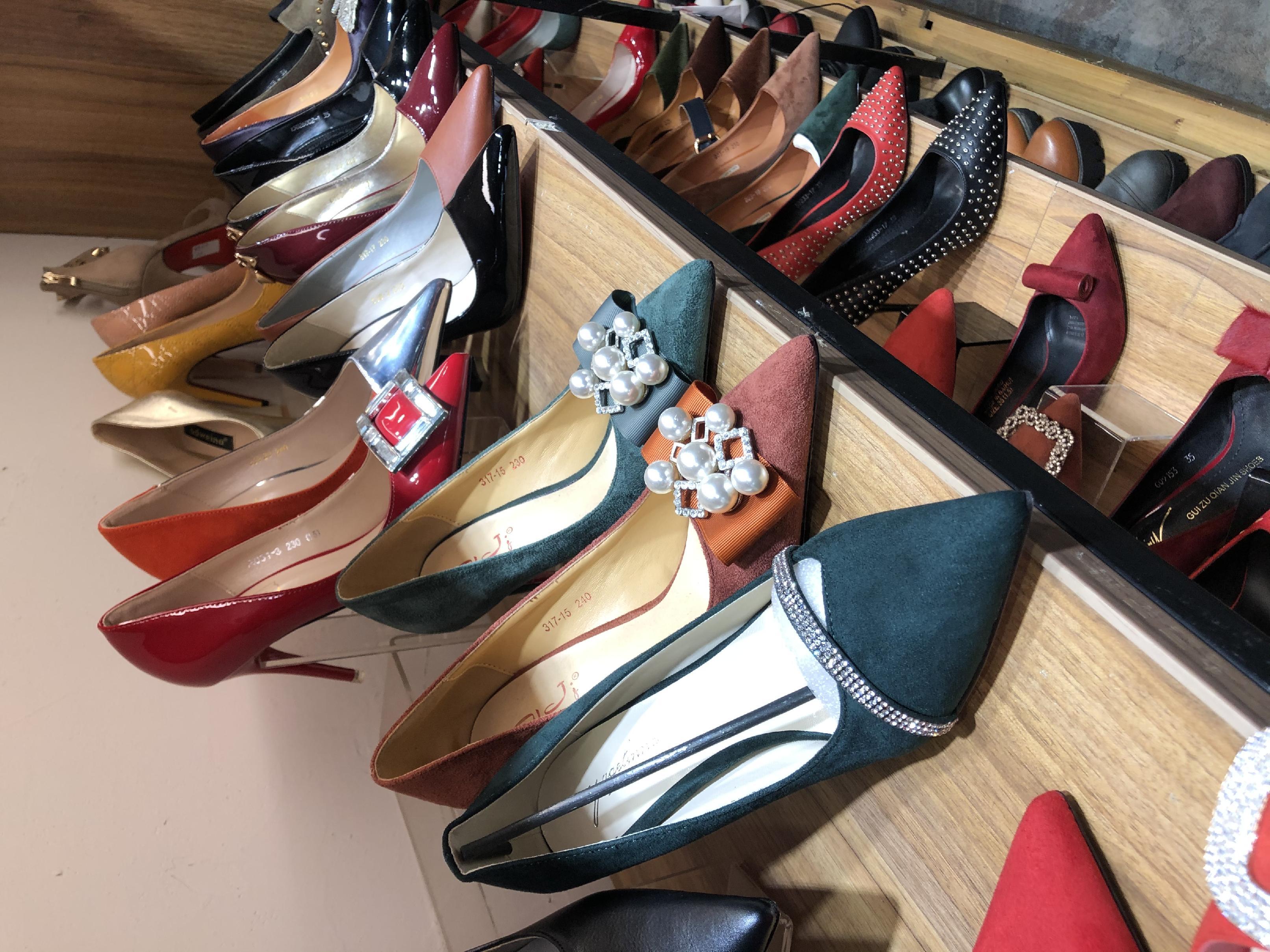 专卖店在售中200双中高跟春款女鞋新品打包 邮费到付