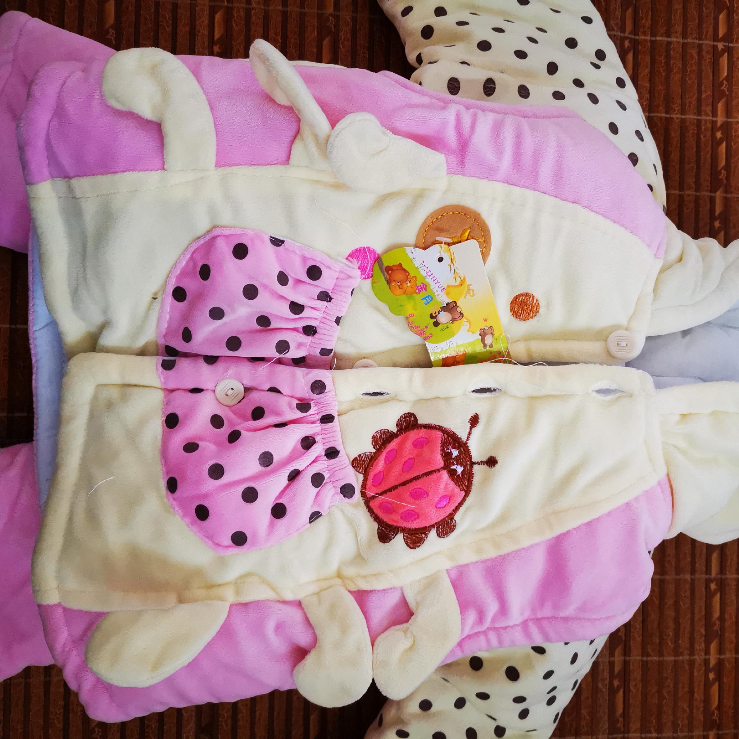 冬款女宝卡通可爱棉衣三件套